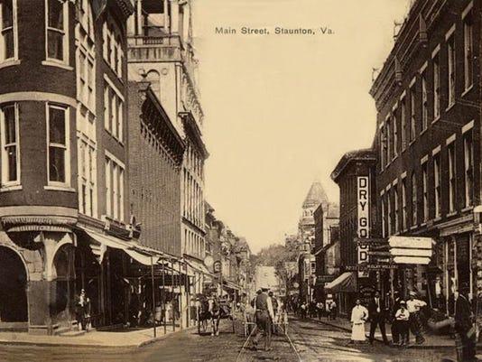 1909 Main St.jpg