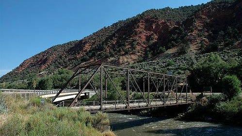 Hardwick Bridge crossing the Roaring Fork River, between Carbondale and Glenwood Springs