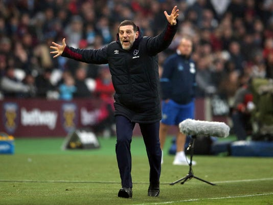 West Ham United manager Slaven Bilic shouts during the English Premier League soccer match between West Ham United and West Bromwich Albion at London Stadium, Saturday, Feb. 11, 2017.  (Scott Heavey/PA via AP)