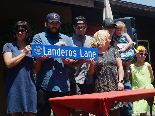 Landeros plaque 4
