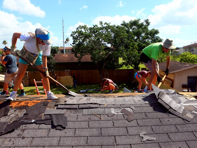 Sea City Work Camp Repair Roofs Of Low Income Families