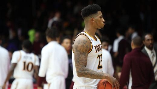 Jordan Washington, pictured during a loss to Niagara earlier this season, was one of five Iona players honored on Senior Day. The Gaels lost to Monmouth, 79-73.