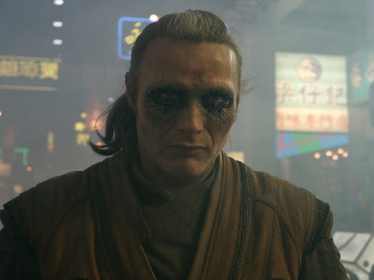 Kaecilius (Mads Mikkelsen) has big plans for the world