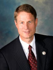 Gilbert Mayor John Lewis.