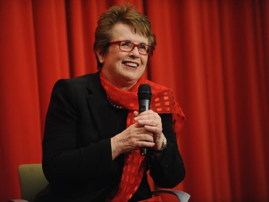 2013-12-17-billie-jean-king-white-house-olympics