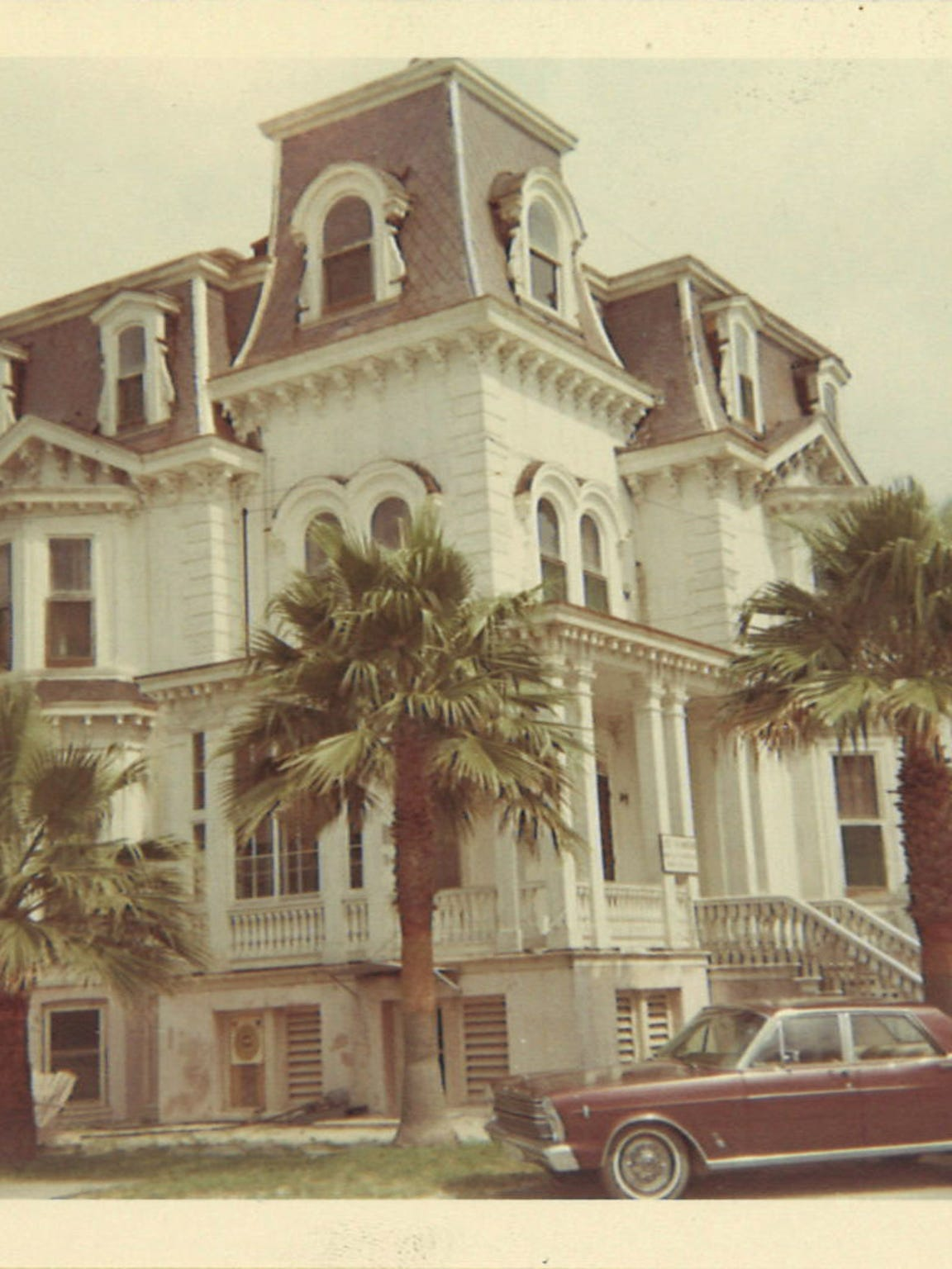 The exterior of Fulton Mansion in November 1967.