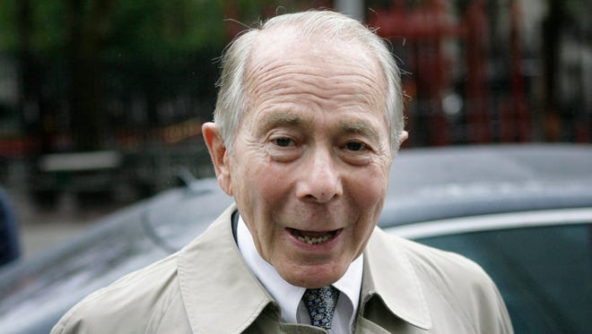 Former AIG CEO Maurice 'Hank' Greenberg has donated $15 million to super PACs, helping Republican presidential candidates.