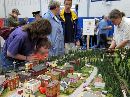 The 19th annual Arctic Run Model Railroad Show and Sale will be held this weekend at the Holiday Inn Hotel & Convention Center in Stevens Point.