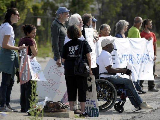 -071814-tm-Water Protest007.jpg_20140923.jpg