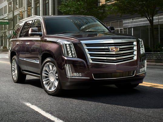 2015-Cadillac-EscaladePlatinum-157