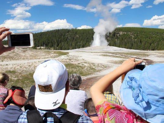 636055826081369958-Yellowstone.jpg