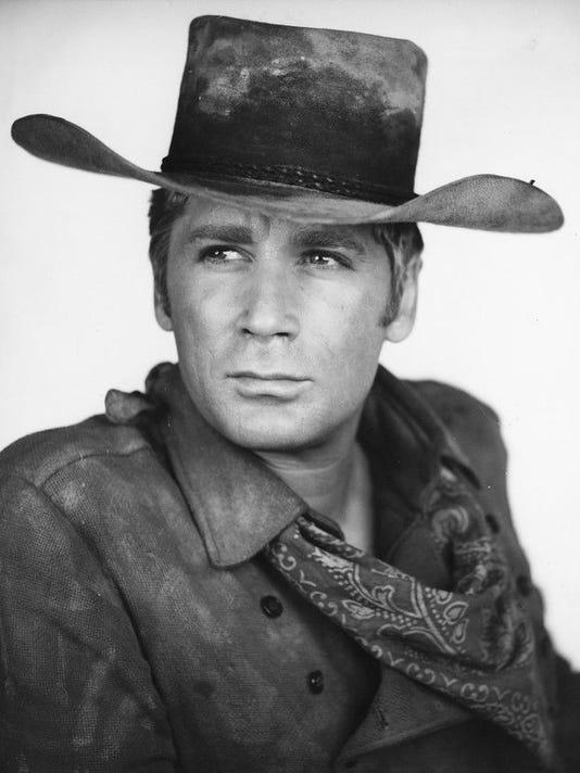 636670015766546570-2.-Alex-Cord-as-the-Ringo-Kid-in-Stagecoach-1966--Twentieth-Century-Fox.jpg