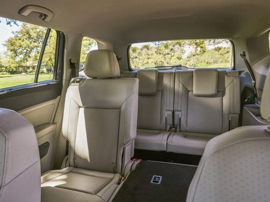 The 2018 Volkswagen Atlas has a roomy cabin, handsomely conservative looks and balanced performance. Atlas makes maximum use of its three-row seating layout to offer space for up to seven adults.