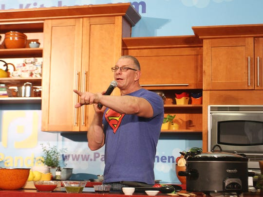 Robert Irvine and the Restaurant: Impossible team were
