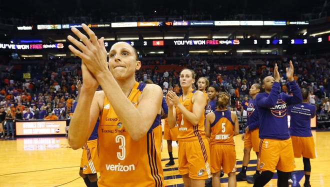 Phoenix Mercury guard Diana Taurasi (3) applauds the fans after losing 89-87 to the Los Angeles Sparks in game 3 of the WNBA playoff semifinals at Talking Stick Resort Arena in Phoenix, Ariz. September 17, 2017.