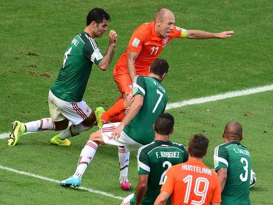 Momento en que a México le cobran un penal en contra