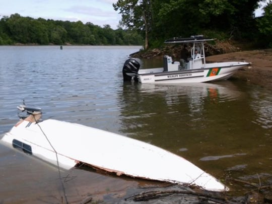Rescue efforts for the missing boater near the Cheatham