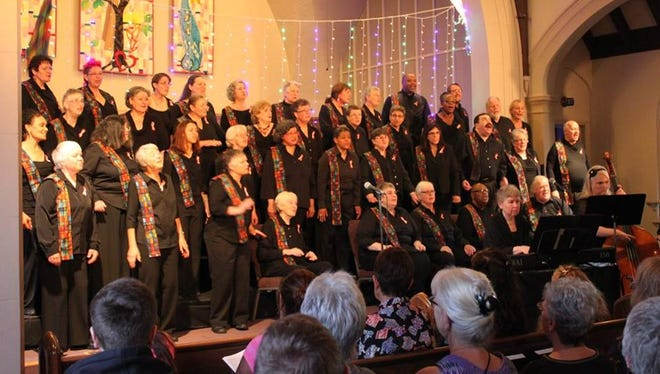 Confluence Willamette Valley LGBT Chorus is a non-audition group of about 60 members wholive throughout the Willamette Valley from Eugene to Portland. They rehearse on Sunday afternoons and performnine formal concerts each year in Portland, Salem and Corvallis.
