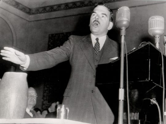 Thomas Dewey campaigns for president in 1944.