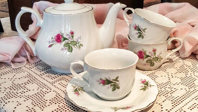 Tea for two more more available at Glenwood Tea Room in Shreveport.