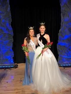 Miss Harbor Cities 2017, Alyssa Bohm (left) and Miss Harbor Cities Outstanding Teen 2017, Grace Stanke.