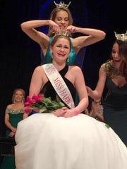 Crowning of Miss Harbor Cities' Outstanding Teen 2017.