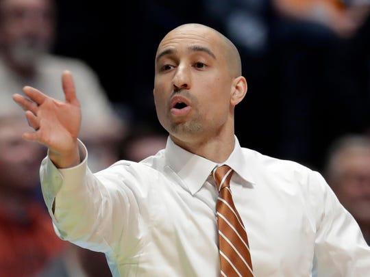 Texas head coach Shaka Smart