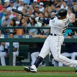 Cabrera, Frazier homer as White Sox beat Mariners 6-1