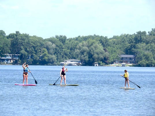 636634673166918786-Oconomowoc-Stand-Up-Paddle-Boarding-Photo-Cred-to-the-City-of-Oconomowoc.jpg