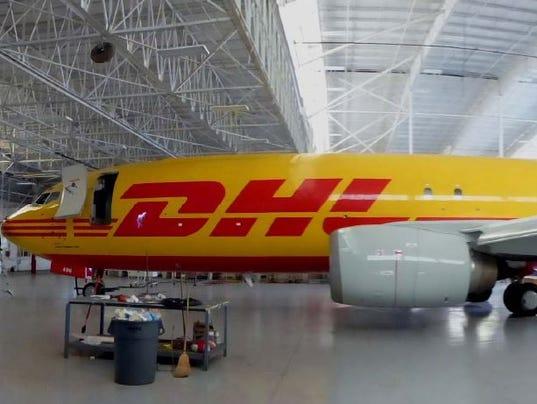 DHL 737