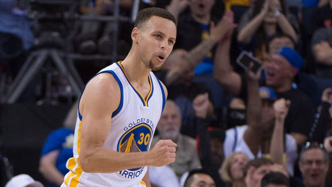 Stephen Curry scored a game-high 29 points for the Warriors.