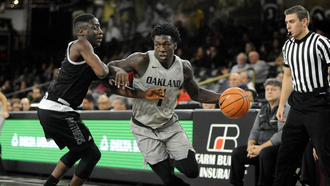 Kendrick Nunn transferred from Illinois to Oakland this season.