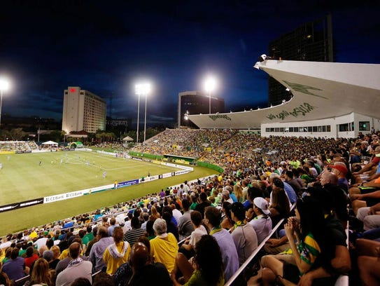 Bill Hagerty Leads Separate Effort To Bring Pro Soccer To