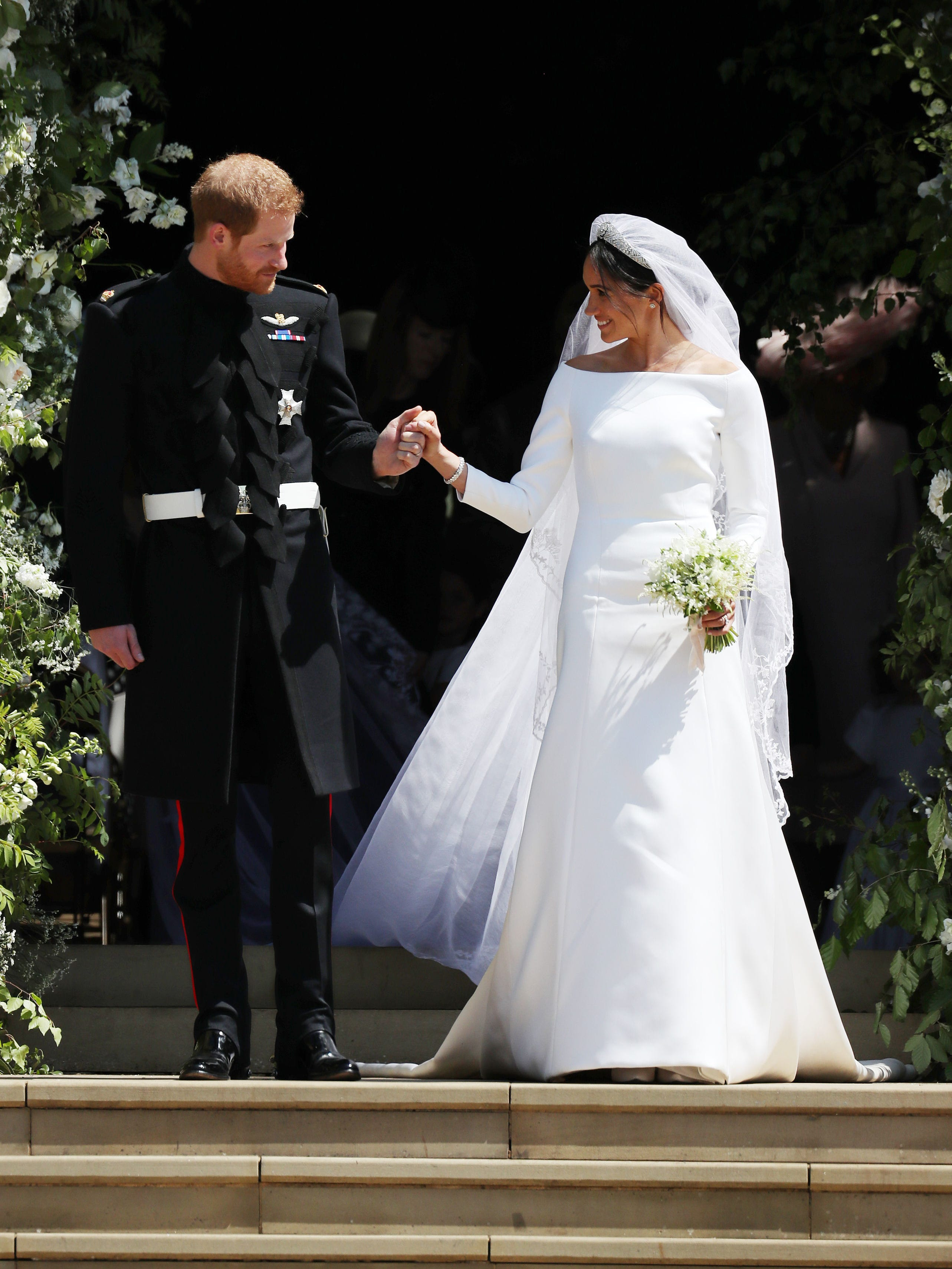 Meghan Markle S Wedding Dress Is Givenchy See The Stunning Gown