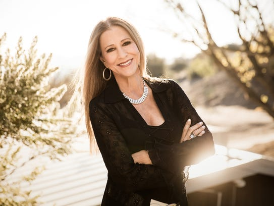 Rita Coolidge performs in concert Friday in Stowe.