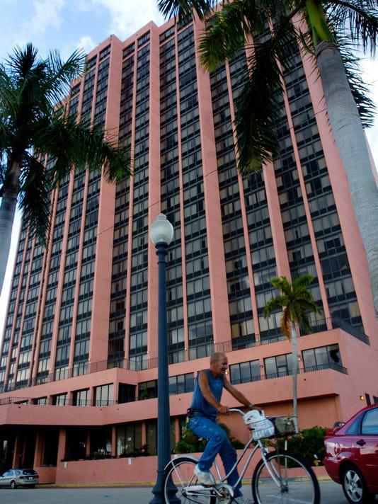 IMG_-Ambassador_hotel2.j_1_1_7V2KMLQS.jpg_20121031.jpg