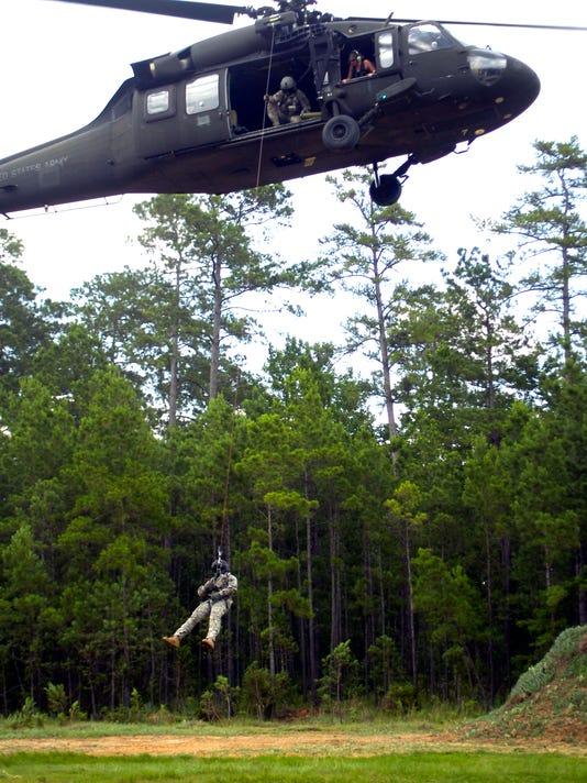-ANI LA Guard training4.jpg_20130621.jpg