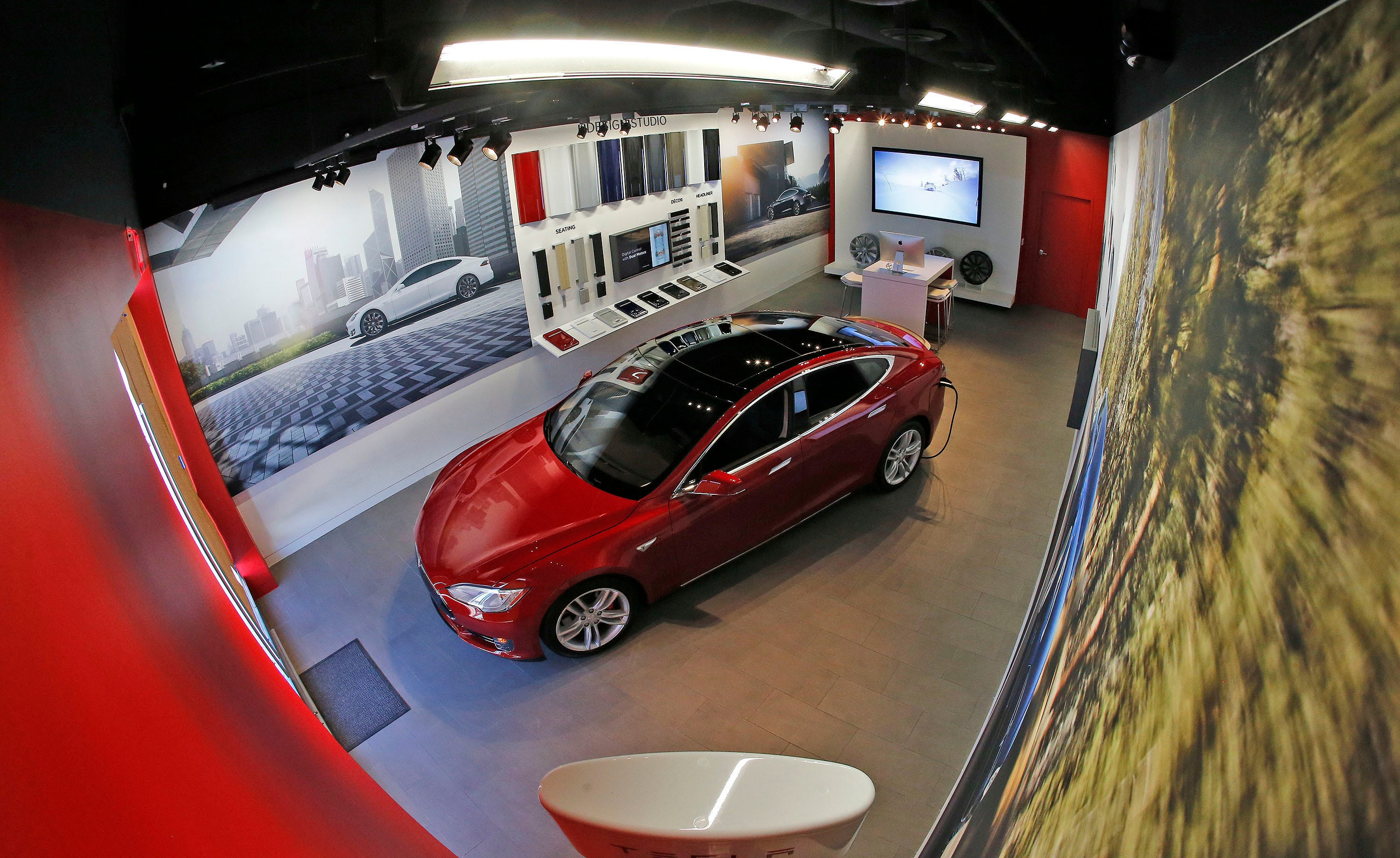 Tesla To Open A Two Storey Dealership In Martin Place