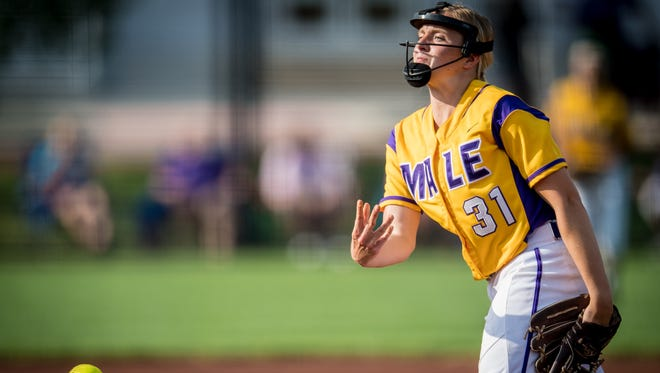 Male Bulldogs Kelsie Houchens (31) pitches during the Seventh Region softball tournament semifinals game 1 against the Ballard Bruins at Ulmer Stadium in Louisville, Kentucky, Wednesday, May 03, 2018.