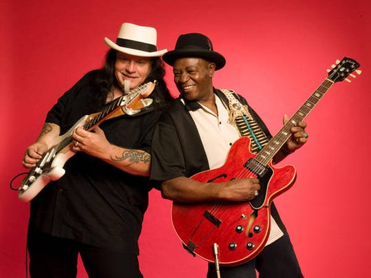 Smokin' Joe Kubek and Bnois King - Close To The Bone