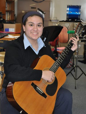 Morris Catholic high School sophomore and Denville resident Nicholette sosa, a talented classical guitarist, recently made her debut on the stage of Carnegie Hall in New York.