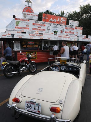 Ardy & Ed's Drive-In will bring back the classic car nights this summer.