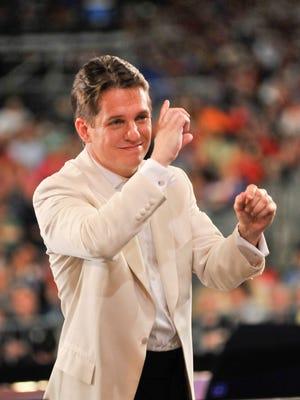 Keith Lockhart conducts the Boston Pops Orchestra Esplanade.