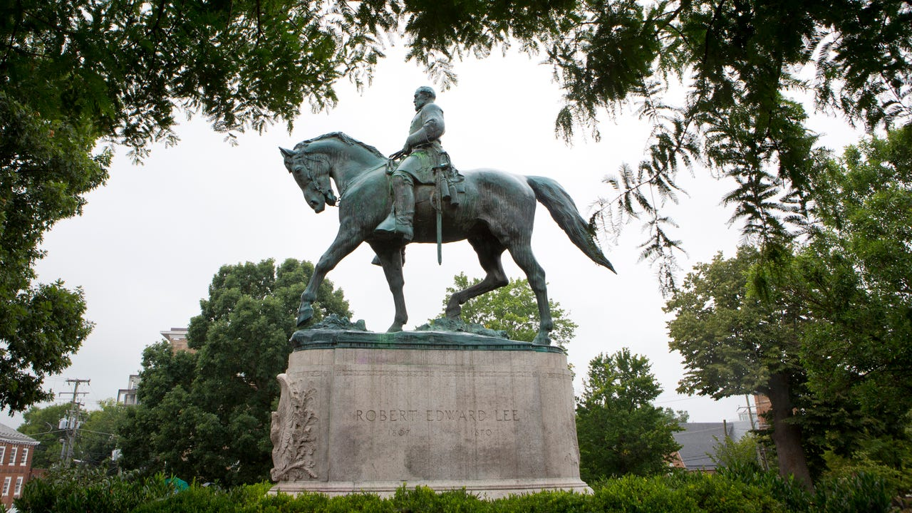 richmond ex capital of confederacy grapples with statues race. Black Bedroom Furniture Sets. Home Design Ideas