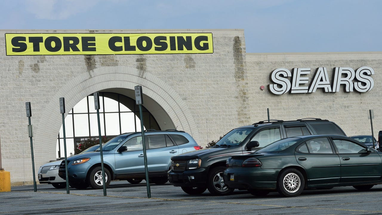 Online retail is continuing to drive physical stores out of business, with planned closings from brands such as Macy's and Sears.