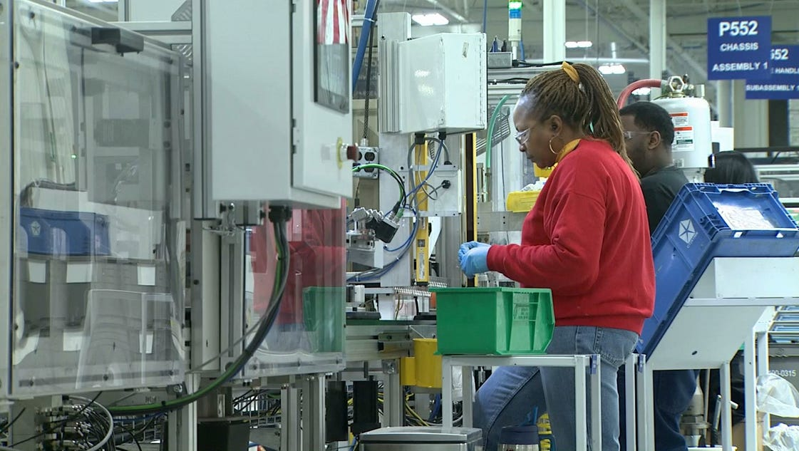 the shortage of skilled workers in Employers across industries and regions have complained for years about a lack  of skilled workers, and their complaints are borne out in us.