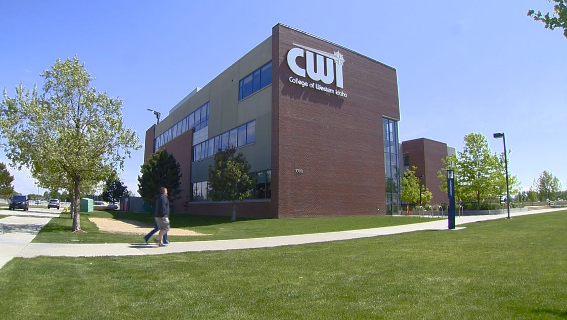 how to become a cwi