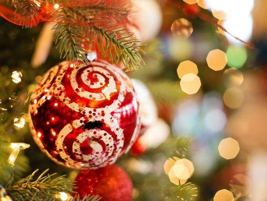 636174891652973568-christmas-xmas-christmas-tree-decoration.jpg