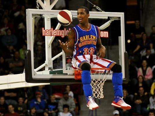 Bull Bullard_basket sit