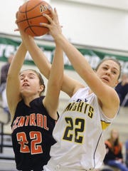 Elizabeth Myers, right, joined her mother, Tracy, as Eastern York's first mother-daughter combo to score 1,000 points. (DAILY RECORD/SUNDAY NEWS -- FILE)